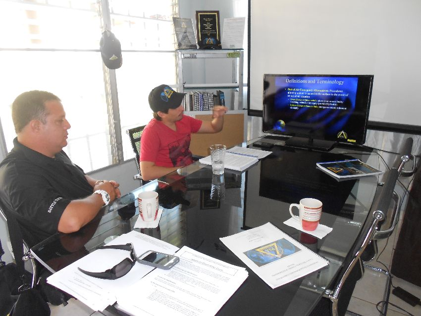 A New PSAI Country Licensee in the Country of Panama Manny Marrero and his wife Maria invested in the PSAI Country Licensee for the country of Panama. This will be the third Country License for the couple, along with PSAI Venezuela & PSAI Puerto Rico. More information will be following in future editions of the PSAI E-News on PSAI Panama. Below are some photos of their recently set up classroom, as well as that of Instructors taking an ITW.