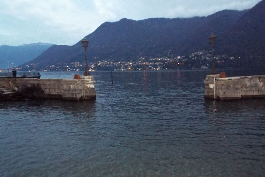 psai italy explorer team at lake como