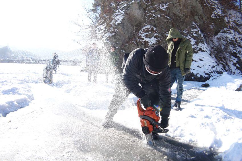 psai korea ice diving