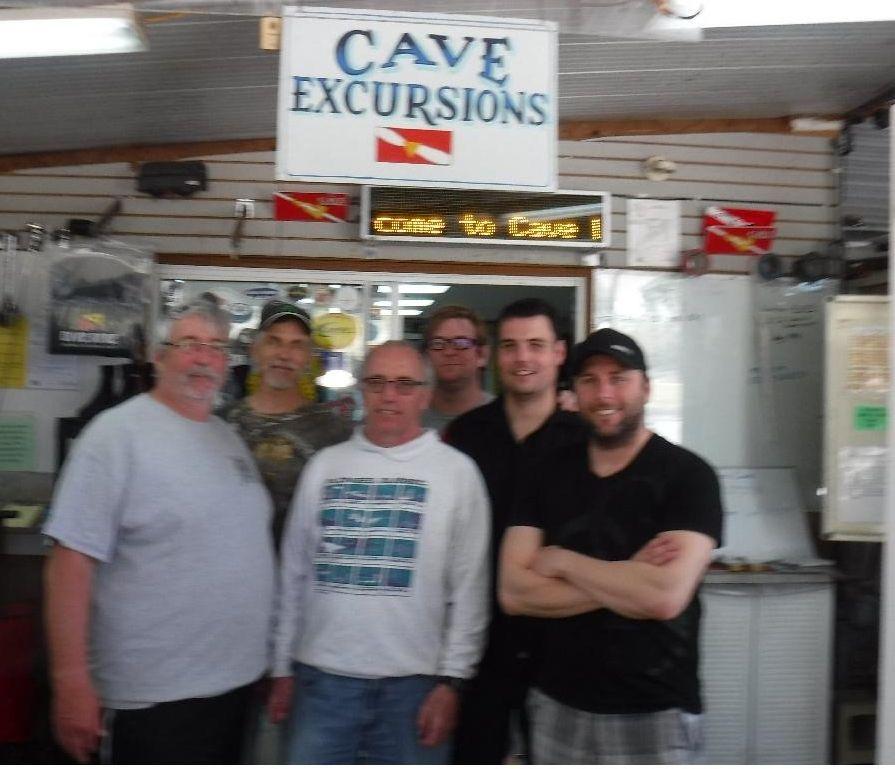 Dustin Proper Cave Diving